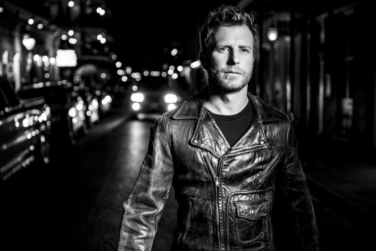 Dierks Bentley @ Riverbend Music Center