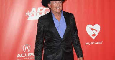 ATLive Returns With George Strait, Eric Church