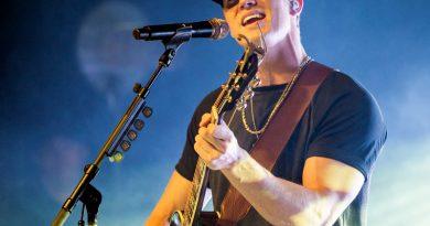 Parker McCollum Releases Debut Album