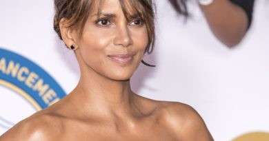 Halle Berry Once Told X-Men Director To Kiss Her 'Black A**'